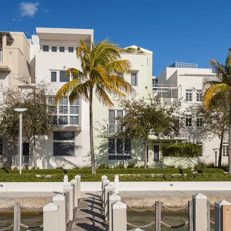 6109 Laguna Dr W Miami Beach