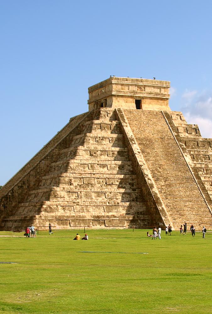 Latin-America,-Maya-pyramid